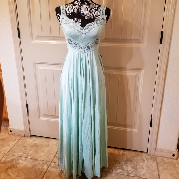 Olga Intimates & Sleepwear   Vintage Gown Set S   Poshmark